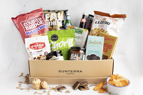 Munch and Mingle Gift Basket